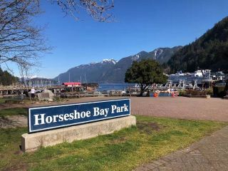 Photo 2: 6438 MARINE Drive in West Vancouver: Horseshoe Bay WV House for sale : MLS®# R2483513