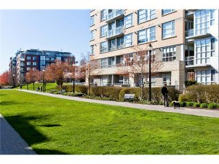 """Photo 10: 407 2181 W 12TH Avenue in Vancouver: Kitsilano Condo for sale in """"THE CARLINGS"""" (Vancouver West)  : MLS®# V987441"""