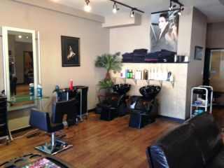 Photo 1: ~ Salon and Spa: Commercial for sale : MLS®# C8008543