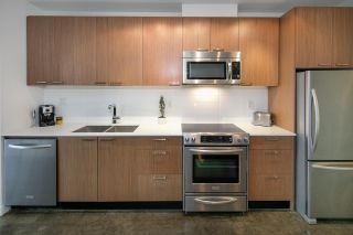 """Photo 6: 405 221 UNION Street in Vancouver: Mount Pleasant VE Condo for sale in """"V6A"""" (Vancouver East)  : MLS®# R2115784"""