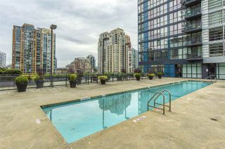 "Photo 8: 808 1155 SEYMOUR Street in Vancouver: Downtown VW Condo for sale in ""BRAVA!!!"" (Vancouver West)  : MLS®# R2508756"