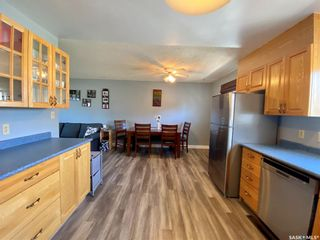 Photo 4: 201 Cross Street South in Outlook: Residential for sale : MLS®# SK851005