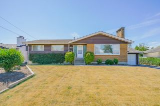 Photo 2: 45410 BERNARD Avenue in Chilliwack: Chilliwack W Young-Well House for sale : MLS®# R2608127