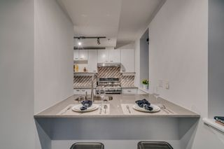 """Photo 13: 501 428 W 8TH Avenue in Vancouver: Mount Pleasant VW Condo for sale in """"XL LOFTS"""" (Vancouver West)  : MLS®# R2214757"""