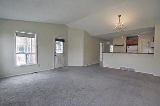 Photo 6: 70 Tararidge Circle NE in Calgary: Taradale Row/Townhouse for sale : MLS®# A1131868