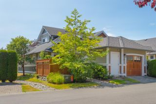 Photo 1: 37 10520 McDonald Park Rd in : NS Sandown Row/Townhouse for sale (North Saanich)  : MLS®# 882717