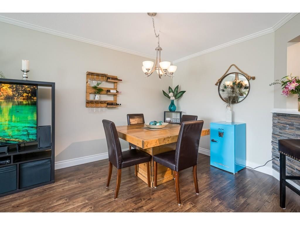 """Photo 9: Photos: 306 5450 208 Street in Langley: Langley City Condo for sale in """"Montgomery Gate"""" : MLS®# R2608181"""