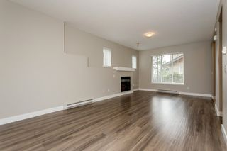 """Photo 11: 17 5839 PANORAMA Drive in Surrey: Sullivan Station Townhouse for sale in """"Forest Gate"""" : MLS®# R2046887"""