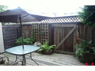 """Photo 4: 7 17700 60TH Avenue in Surrey: Cloverdale BC Condo for sale in """"Clover Park Gardens"""" (Cloverdale)  : MLS®# F1209102"""