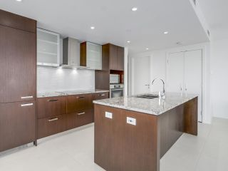 """Photo 4: 4005 1028 BARCLAY Street in Vancouver: West End VW Condo for sale in """"PATINA"""" (Vancouver West)  : MLS®# R2147918"""