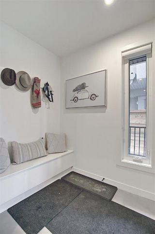 Photo 4: 3 1818 5 Street SW in Calgary: Cliff Bungalow Row/Townhouse for sale : MLS®# A1075281