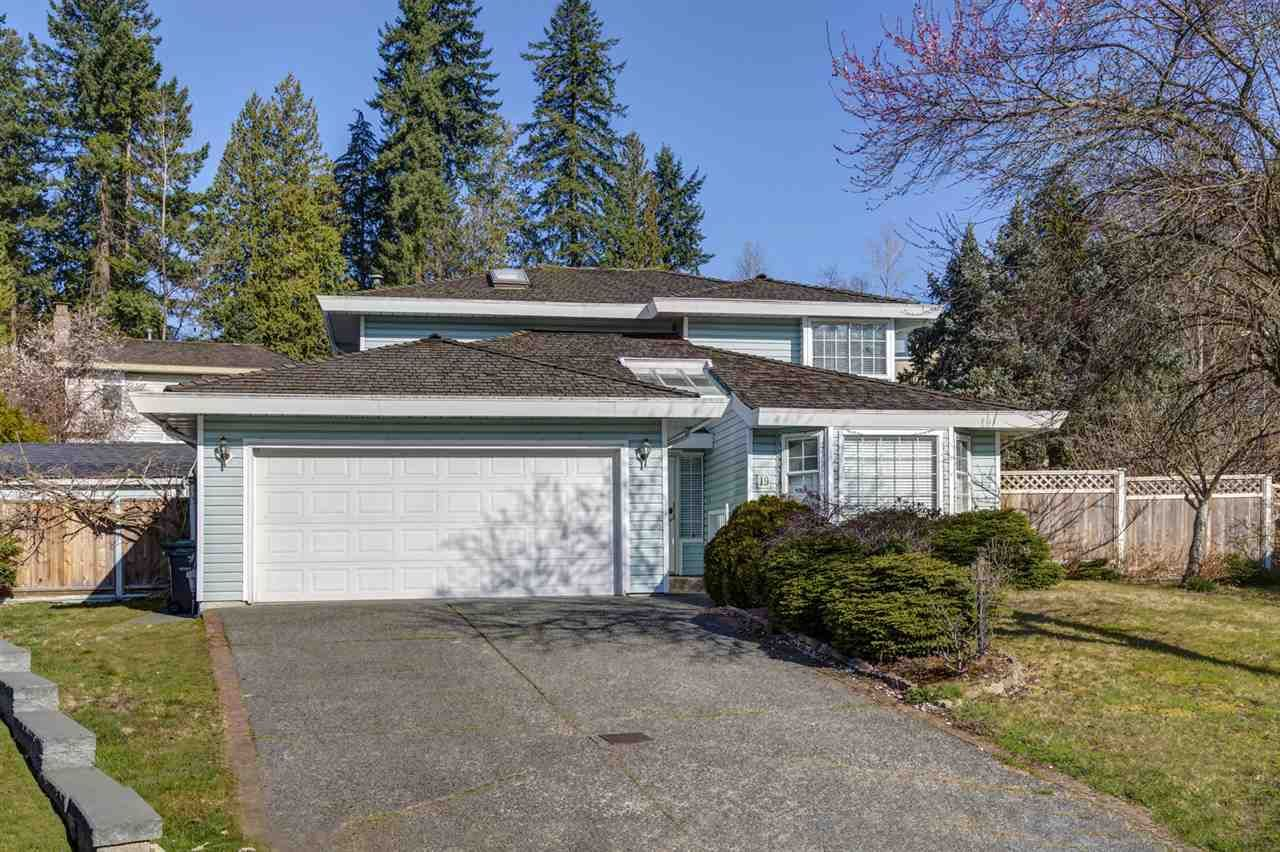 """Main Photo: 19 BRACKENRIDGE Place in Port Moody: Heritage Mountain House for sale in """"Heritage Mountain"""" : MLS®# R2458813"""