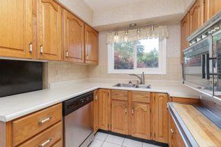 Photo 12: 587 Nora Pl in : SW Tillicum House for sale (Saanich West)  : MLS®# 877008