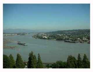 Photo 2: 2203 15 E Royal Avenue in New Westminster: Fraserview NW Condo for sale : MLS®# V881208