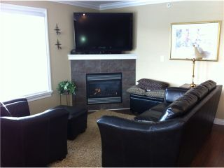"""Photo 3: 11337 236A Street in Maple Ridge: Cottonwood MR House for sale in """"HIGHAND MEADOWS"""" : MLS®# V935901"""
