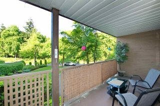 """Photo 22: 214 10662 151A Street in Surrey: Guildford Condo for sale in """"Lincoln Hill"""" (North Surrey)  : MLS®# R2501771"""