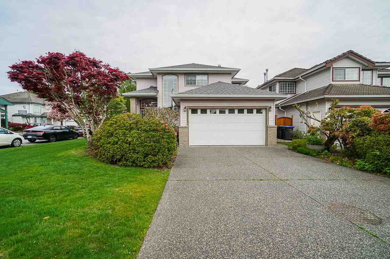 Main Photo: 1431 RHINE Crescent in Port Coquitlam: Riverwood House for sale : MLS®# R2575198