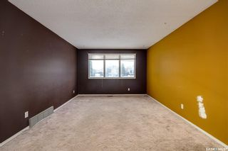 Photo 3: 1617 Bradwell Avenue in Saskatoon: Forest Grove Residential for sale : MLS®# SK846491