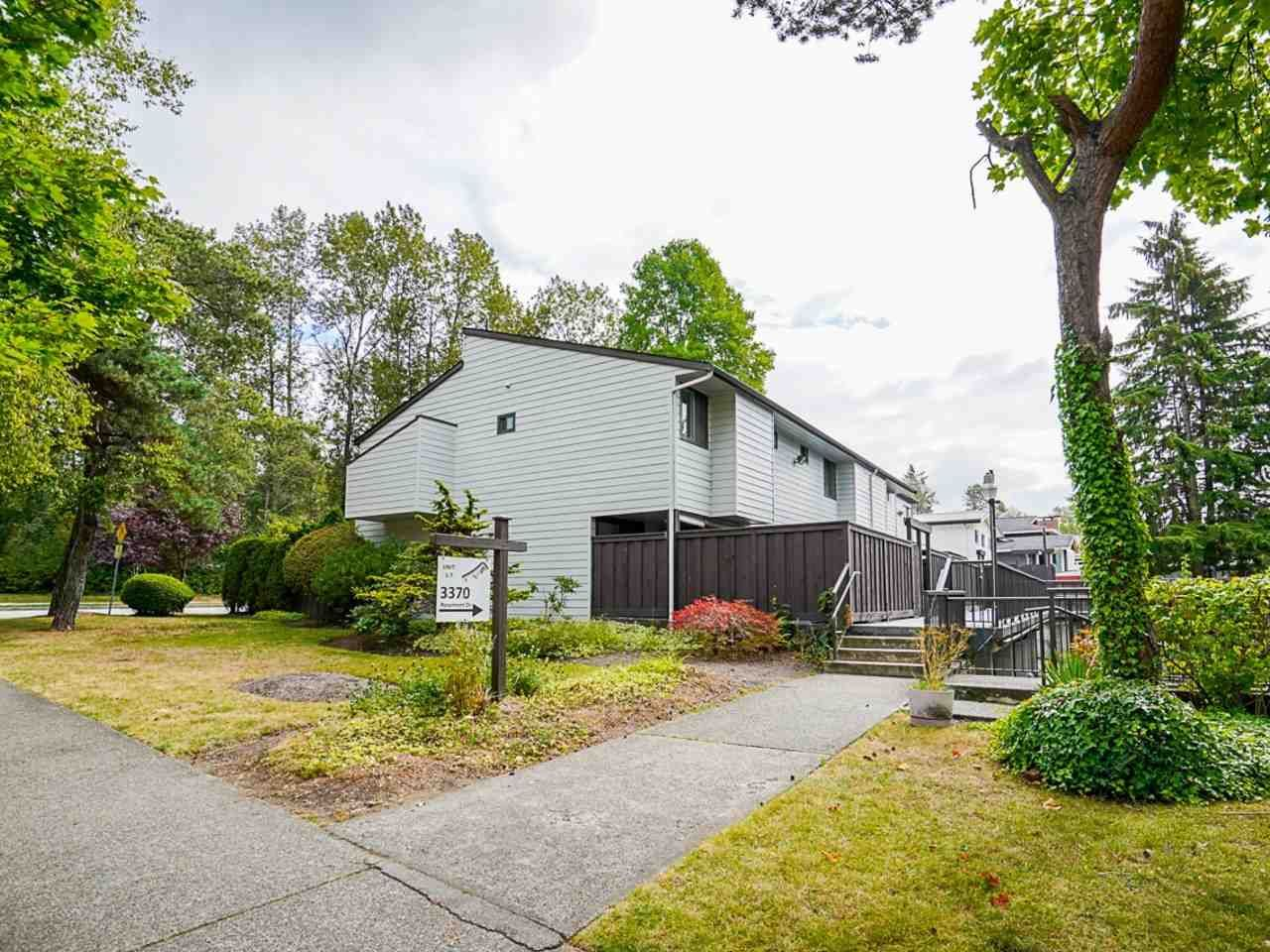 """Main Photo: 3 3370 ROSEMONT Drive in Vancouver: Champlain Heights Townhouse for sale in """"ASPENWOOD"""" (Vancouver East)  : MLS®# R2493440"""