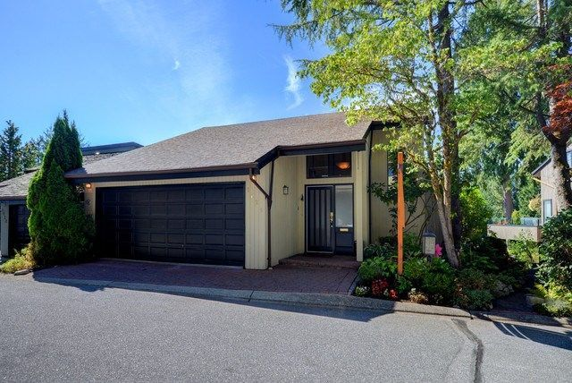"Main Photo: 5625 EAGLE Court in North Vancouver: Grouse Woods 1/2 Duplex for sale in ""GROUSE WOODS"" : MLS®# R2204369"