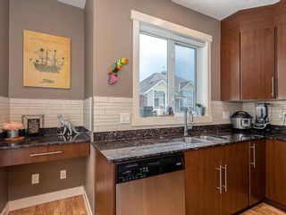 Photo 15: 43 WEST SPRINGS Lane SW in Calgary: West Springs Row/Townhouse for sale : MLS®# C4256287