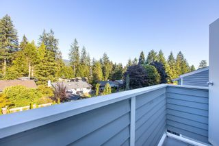 """Photo 18: 4763 HOSKINS Road in North Vancouver: Lynn Valley Townhouse for sale in """"Yorkwood Hills"""" : MLS®# R2617725"""