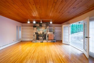 "Photo 18: 301 N HYTHE Avenue in Burnaby: Capitol Hill BN House for sale in ""CAPITOL HILL"" (Burnaby North)  : MLS®# R2531896"