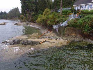 Photo 19: 3435 BEACH AVENUE: Roberts Creek House for sale (Sunshine Coast)  : MLS®# R2414197