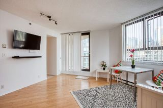 "Photo 2: 1601 789 DRAKE Street in Vancouver: Downtown VW Condo for sale in ""CENTURY TOWER"" (Vancouver West)  : MLS®# R2352458"