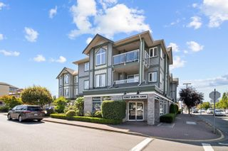 Photo 1: 302 2349 James White Blvd in : Si Sidney North-East Condo for sale (Sidney)  : MLS®# 882015