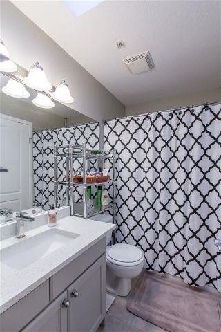 """Photo 15: 402 12025 207A Street in Maple Ridge: Northwest Maple Ridge Condo for sale in """"The Atrium"""" : MLS®# R2430616"""