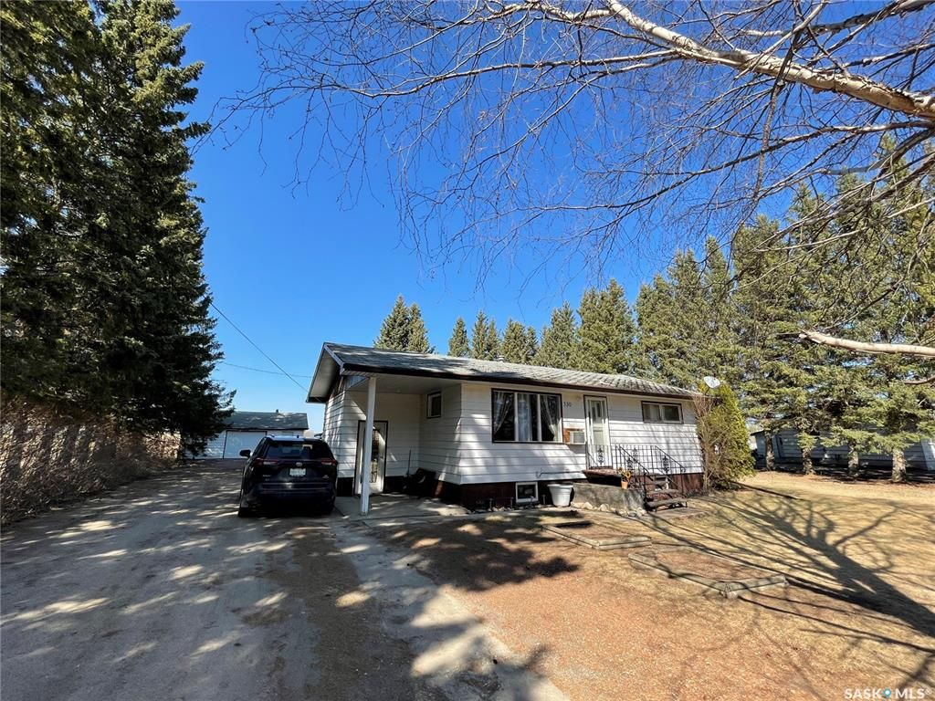 Main Photo: 330 1st Street West in Canwood: Residential for sale : MLS®# SK851222