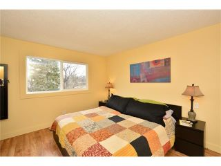 Photo 16: 16 GLENWOOD Court: Cochrane House for sale : MLS®# C4109364