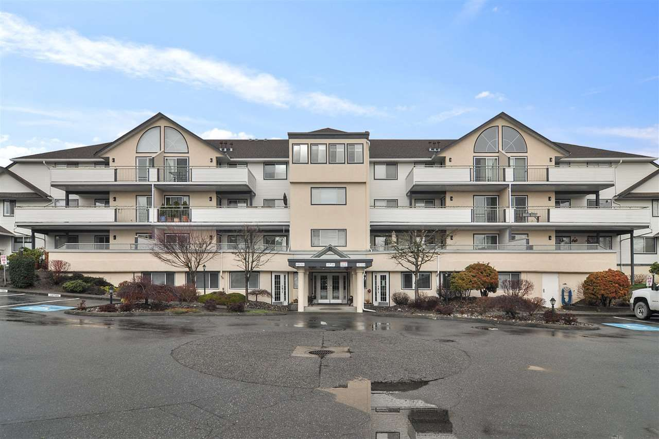 "Main Photo: 303 19645 64 Avenue in Langley: Willoughby Heights Condo for sale in ""HIGHGATE TERRAC"" : MLS®# R2523839"