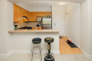 "Photo 8: 320 2280 WESBROOK Mall in Vancouver: University VW Condo for sale in ""KEATS HALL"" (Vancouver West)  : MLS®# R2269685"