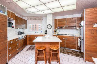 Photo 15: 802 11826 100 Avenue in Edmonton: Zone 12 Condo for sale : MLS®# E4255864