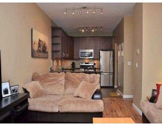 Photo 3: 102 450 BROMLEY Street in Coquitlam: Coquitlam East Condo for sale : MLS®# V982968