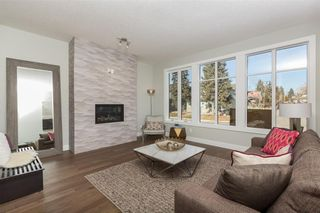 Photo 7: 2345 22 Avenue SW in Calgary: Richmond House for sale : MLS®# C4127248