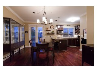 Photo 4: 4589 JAMES Street in Vancouver: Main House for sale (Vancouver East)  : MLS®# V976738