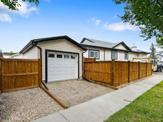 Photo 2: 74 Lakeview Bay: Chestermere Detached for sale : MLS®# A1144089