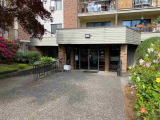 """Photo 2: 1305 45650 MCINTOSH Drive in Chilliwack: Chilliwack W Young-Well Condo for sale in """"PHEONIXDALE 1"""" : MLS®# R2582740"""