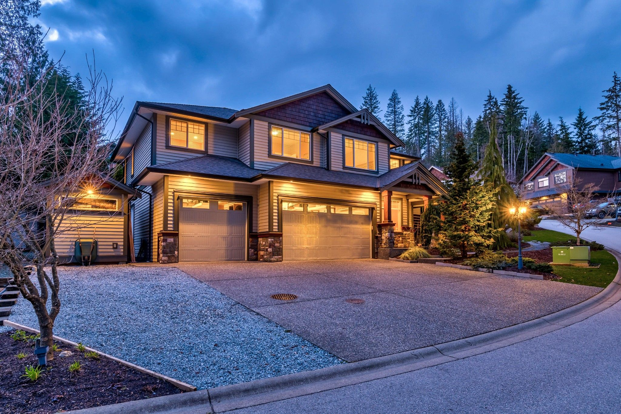 Photo 2: Photos: 16 13210 SHOESMITH CRESCENT in Maple Ridge: Silver Valley House for sale : MLS®# R2448043