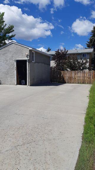 Photo 30: 813 MILLBOURNE Road E in Edmonton: Zone 29 House Half Duplex for sale : MLS®# E4252431