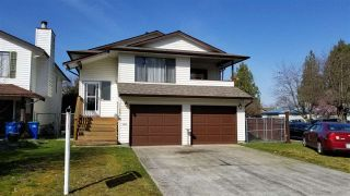 Photo 1: 11681 WARESLEY Street in Maple Ridge: Southwest Maple Ridge House for sale : MLS®# R2558900