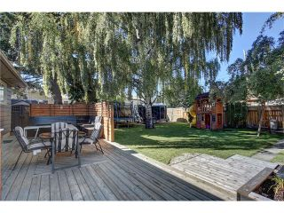 Photo 3: 72 KIRBY Place SW in Calgary: Kingsland House for sale : MLS®# C4082171