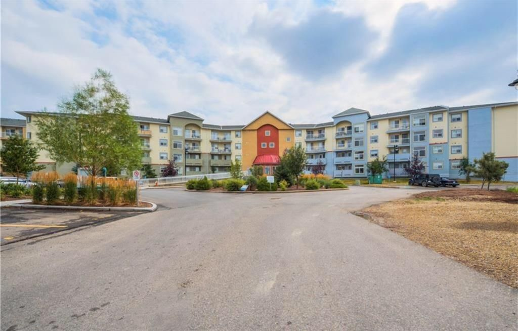 Main Photo: 2219 700 Willowbrook Road NW: Airdrie Apartment for sale : MLS®# A1146450