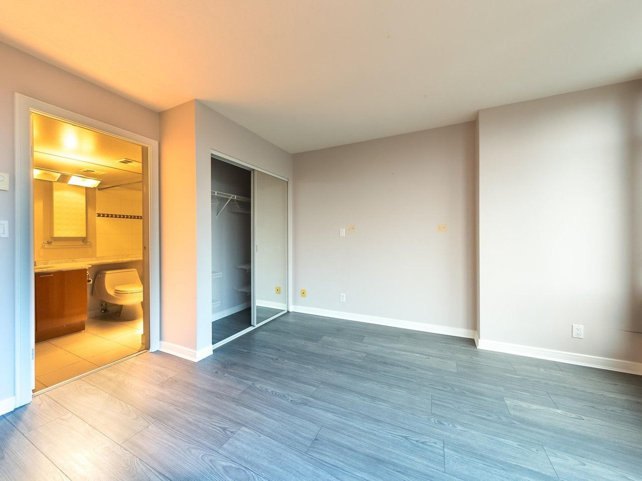 """Photo 4: Photos: 1202 1200 ALBERNI Street in Vancouver: West End VW Condo for sale in """"Palisades"""" (Vancouver West)  : MLS®# R2527140"""