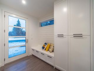 Photo 4: 4 Rosetree Crescent NW in Calgary: Rosemont Detached for sale : MLS®# A1084725