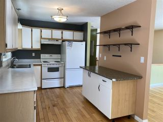"""Photo 3: 7961 ROSEWOOD Place in Prince George: Parkridge House for sale in """"PARKRIDGE"""" (PG City South (Zone 74))  : MLS®# R2448828"""