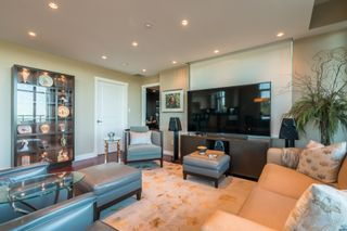 """Photo 17: 1102 14824 NORTH BLUFF Road: White Rock Condo for sale in """"BELAIRE"""" (South Surrey White Rock)  : MLS®# R2350476"""
